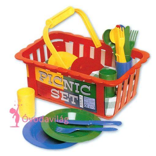 Piknik játék étkészlet kosárban
